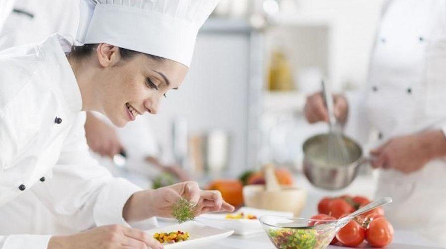 Carnet manipulador de alimentos normativa